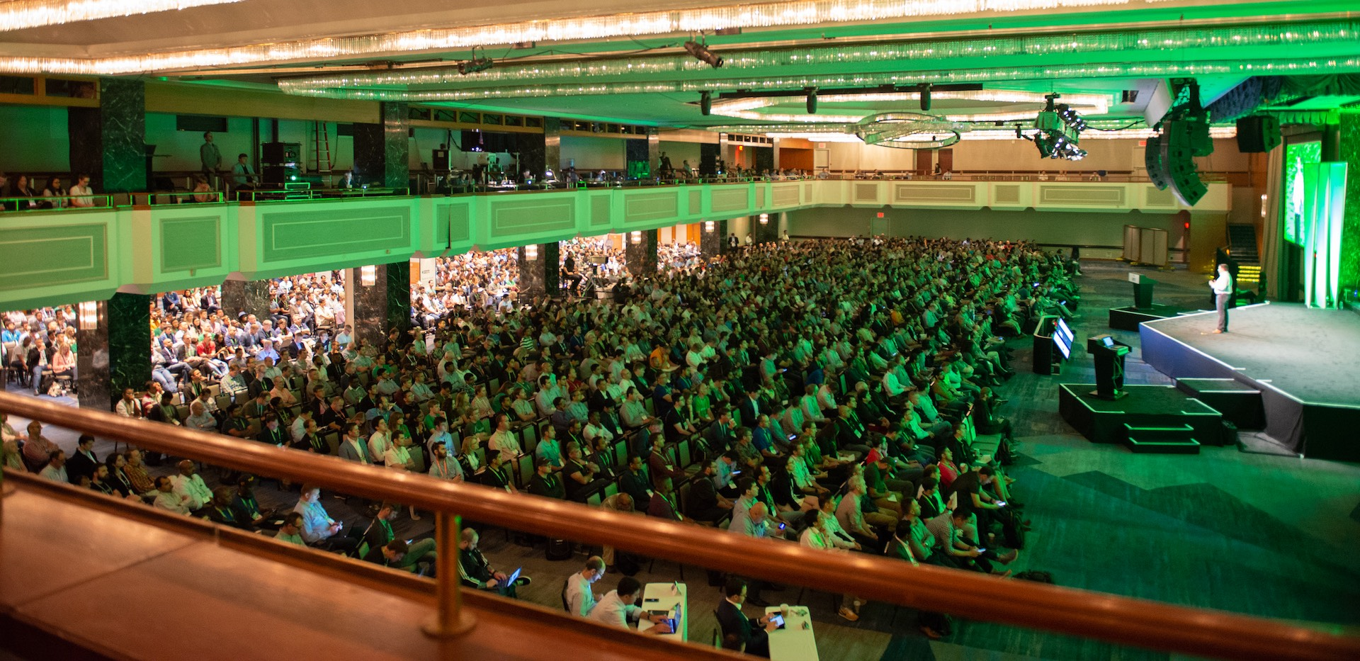 The packed out audience at MongoDB World 2018